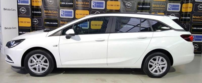 opel astra 1 6 cdti ss 110 cv business st diesel del 2016 con 32178 km en ourense. Black Bedroom Furniture Sets. Home Design Ideas