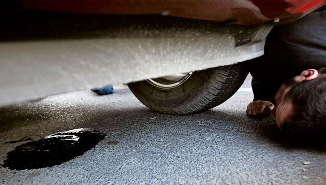 ผลการค้นหารูปภาพสำหรับ Oil drips from the car