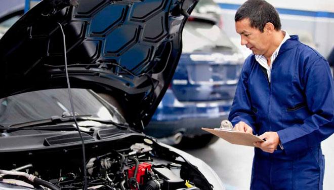 mantenimiento coche, viajes coche verano, revision verano, taller, mecanico