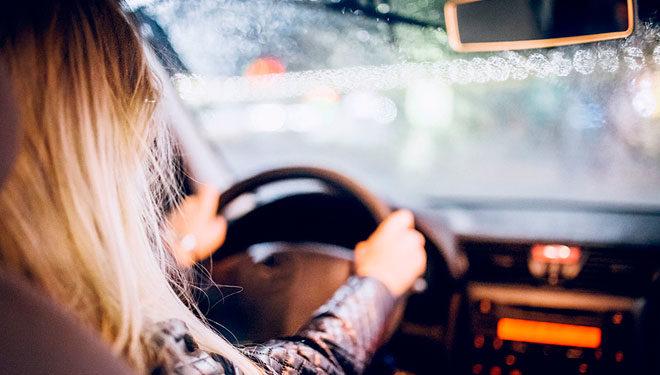 Pon tu coche a punto para las lluvias invernales