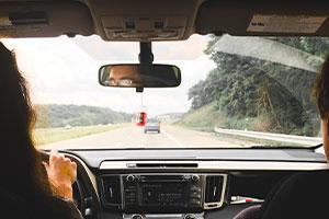 distancia seguridad carretera, Coches de ocasión