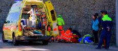 Así es cómo debes dar paso a una ambulancia en carretera