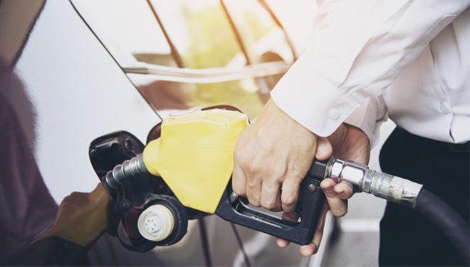 ¿A tu vehículo de ocasión lo pueden multar por quedarse sin combustible?