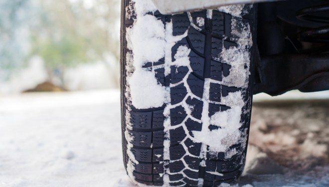 ¿Puede el frío afectar a mis neumáticos?
