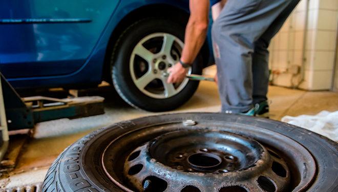 ¿Qué averías puedes sufrir por unos neumáticos en mal estado?