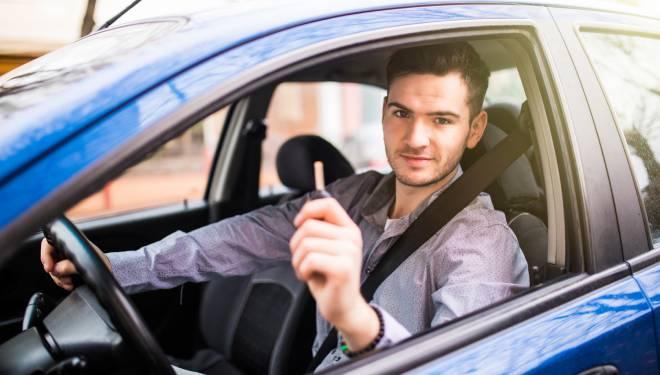 conductor novel, coche de ocasion, coche seminuevo, concesionario galicia
