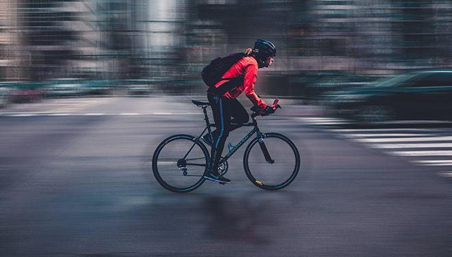 Seguros y controles para patinetes y ciclistas